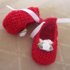 Basic Baby Booties free crochet pattern