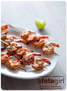 confessions of a foodie | recipes + photos + life stories: Tequila Lime Grilled Shrimp: For a gal learning to like seafood, this shrimp ain't too shabby! { recipe }