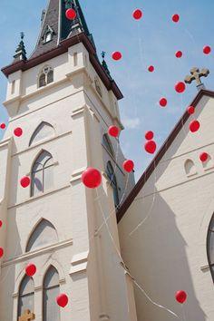#photography #red #balloons #church #wedding