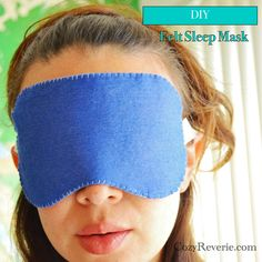 DIY: felt sleep mask