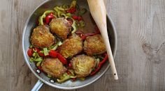 Tangy  spicy chicken with peppers.