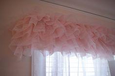 Tutu curtain valance. So cute! Girls Bedroom.
