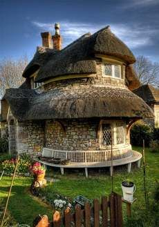 Circular Thatched roof, Blaise Hamlet, England