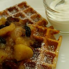 let's bake love: buckwheat waffles with apple, pear and vine fruit compote (gluten-free)