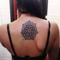 http://tattoo-ideas.us/wp-content/uploads/2014/04/Black-Mandala-Tattoo-On-Back.jpg Black Mandala Tattoo On Back #Backtattoos, #BlackInk, #Floraltattoos, #Mandalatattoos