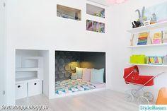 cool kids hideout in bedroom