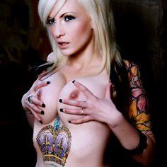 Hot #girl #inked #tattoo