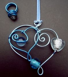 wire jewelry, art portfolio, beads craft, heart art, beaded wire heart, beaded rings, contemporary art, wire art, bead jewelry