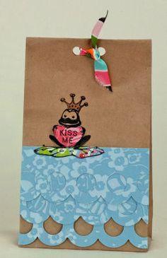 Valentine Frog Gift Bag