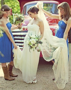 cowgirl boots, wedding dressses, cowboy boots, wedding ideas, bridesmaid dresses, country weddings, the dress, wedding pictures, dreamy wedding