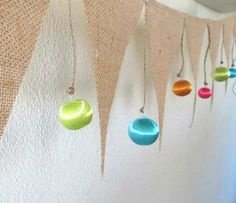 Simple Christmas Burlap and Ornaments Garland