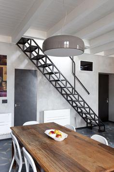 #dreamhouseoftheday Modern iron stairs in Milan