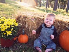 Fall photo shoot with Baby Drake    Fall Photo Shoot Ideas For Babies