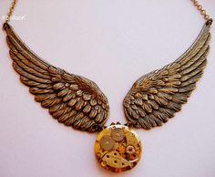 KoollooK®: Angel Wings Necklace