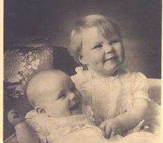 Beatrix krijgt al snel een zusje, dat Irene (vrede) wordt genoemd. Toch breekt er een oorlog uit en Beatrix en haar familie vluchten eerst naar Londen en later naar Canada.