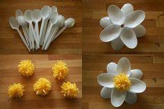Flor con cucharas
