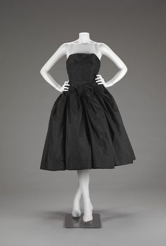 """Christian Dior (French, 1905-1957), """"Two piece evening dress (bodice and skirt),"""" about 1950; Indianapolis Museum of Art, Gift of Eleanore R. Carruth, 1985.634; © Christian Dior."""