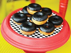 The wheels on the bus... 'Tire' doughnuts