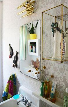 Rail for small bathroom shelf