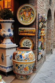 Colorful Pottery, San Gimignano, Tuscany.  One of the prettiest hill towns in Tuscany:))