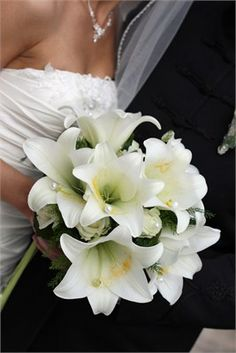 Bride - Flowers - Simple but effective