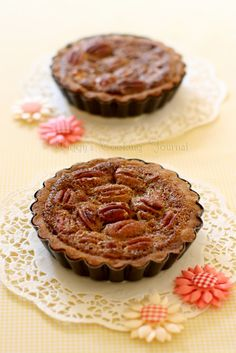 "Thanksgiving ""Twofer"" Pie - includes two types of fillings - Pecan & Pumpkin"