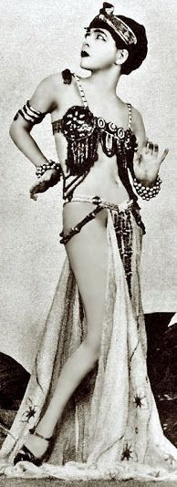 Alla Nazimova (1879-1945) - c. 1900 - @~ Watsonette