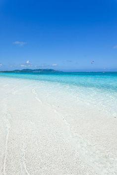 Impossible clear water of Okinawa, Hatenohama Beach, the 11km long coral sand cay  Kume Island, Okinawa, Japan by ippei + janine, via Flickr