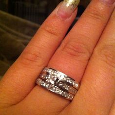 I have this exact wedding set, but I want the additional band!