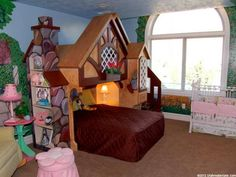 Snow white cottage room for girls