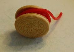 Y yo-yo snack