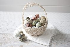 A beautiful and different #DIY #Easter Basket made from string using a balloon and liquid fabric stiffener.