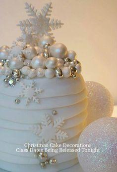 Xmas Cake on Pinterest Christmas Cakes, Snowman Cake and ...