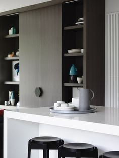 House & Apartment: ALH Resident, Excellent Home Redecoration by Mim Design. Amazing White Kitchen Design woth Tea Set and Wooden Shelves