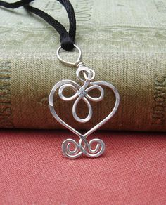 Little Celtic Heart Sterling Silver Wire by nicholasandfelice, $ 13.50