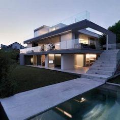 Gorgeous Tri-Level Family Home
