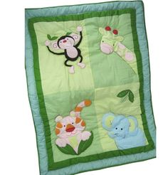 Zoo themed cot quilt