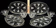 Vintage Anchor Hocking Glass Snack Set Cup Plate Tray 8 Piece Set   Beautiful Vintage Pieces like my Grandma used to have :)