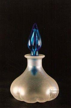 Verre de Soie - Celeste Blue stopper - Melon 1Q, 20th century