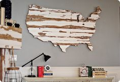Cool US map made out of reclaimed barn wood!