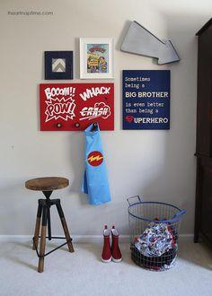 DIY superhero room on iheartnaptime.com #boys #kidsrooms