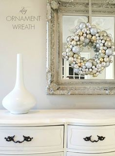 How to make an ornament wreath! Great tutorial...check this out!