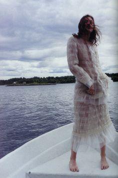 fashion, karen elson, boat, lar botten
