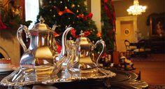 Christmas at Oakleigh is an annual tour through the historic Oakleigh mansion dressed in its Christmas best.