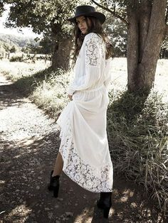 US$ 25.49 - Lace Split-joint Hollow Maxi Cover-up - www.ebuytide.com