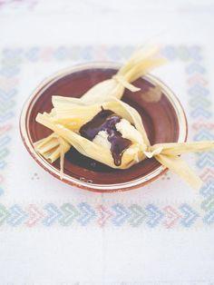 Sweet tamales n chocolate