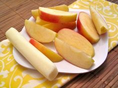 yummy snack {string cheese + apple slices}