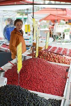 Fresh Berries at Hakaniemi Market Place...