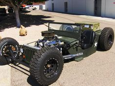 Jeep Rat Rod! Who needs  hummer?