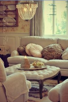Sala de estar on pinterest apartment living rooms for Sala de estar shabby chic